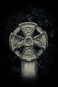 Celtic_Cross_Grave
